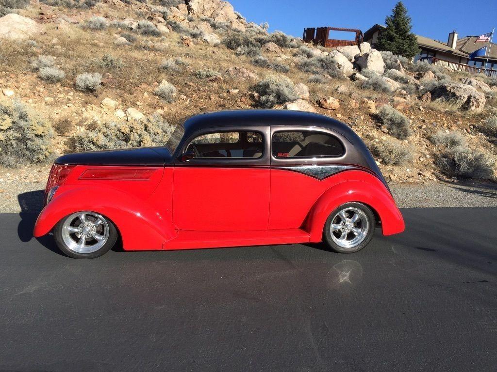 1937 Ford 2 Door Sedan Slantback