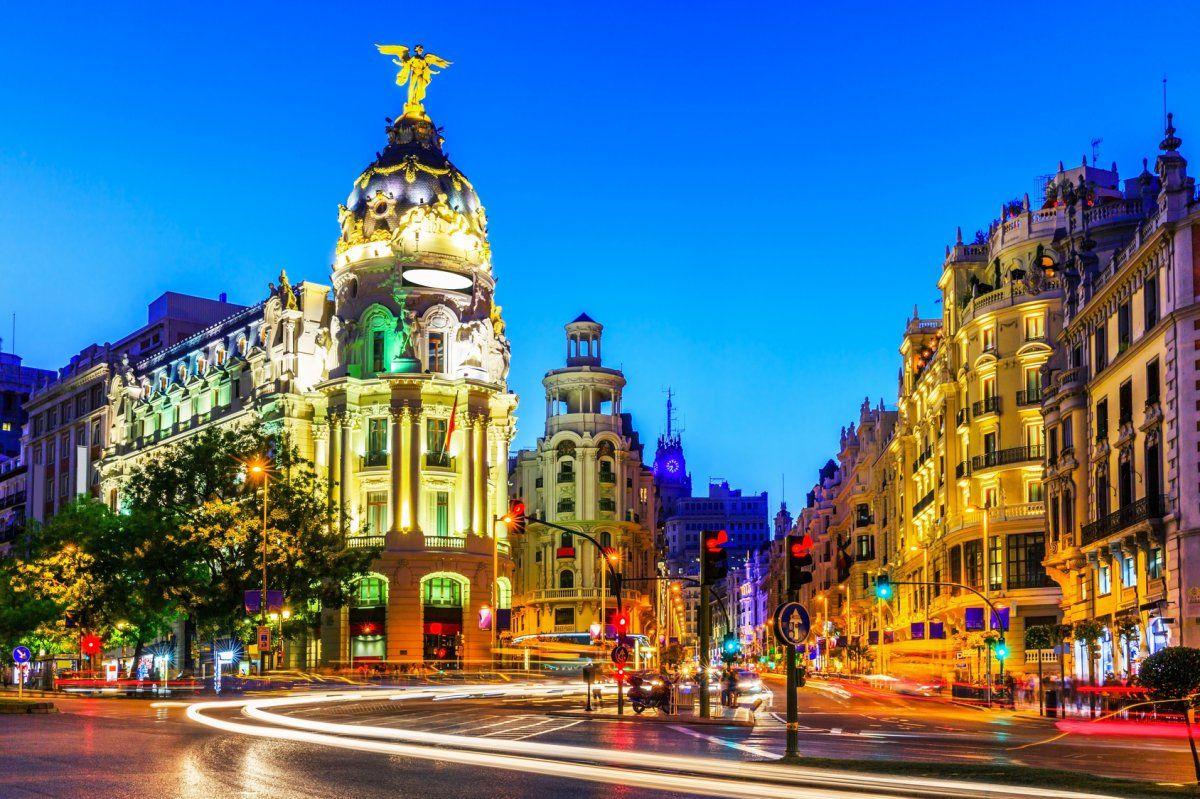 Parcheggiare nella Gran Via di Madrid