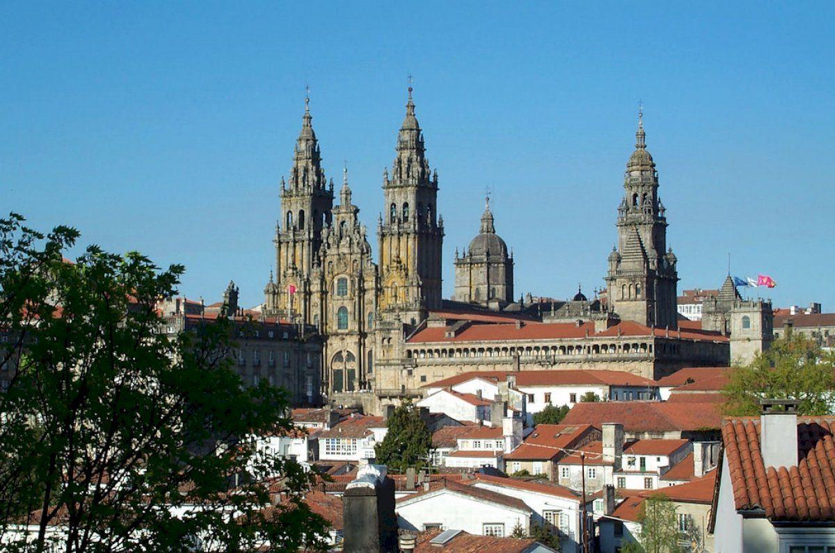 Descubra cómo aparcar gratis en Santiago de Compostela