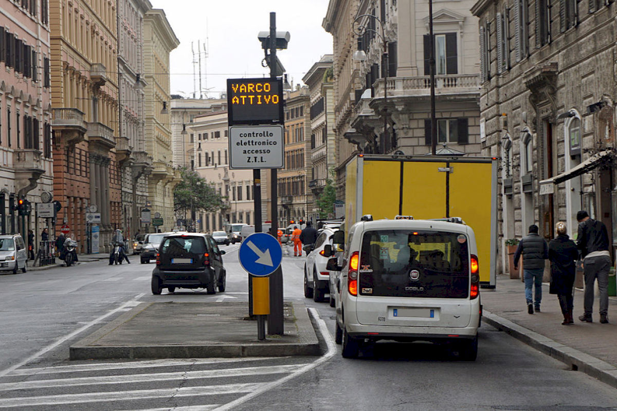 La ZTL di Firenze, i vari settori e la lista bianca