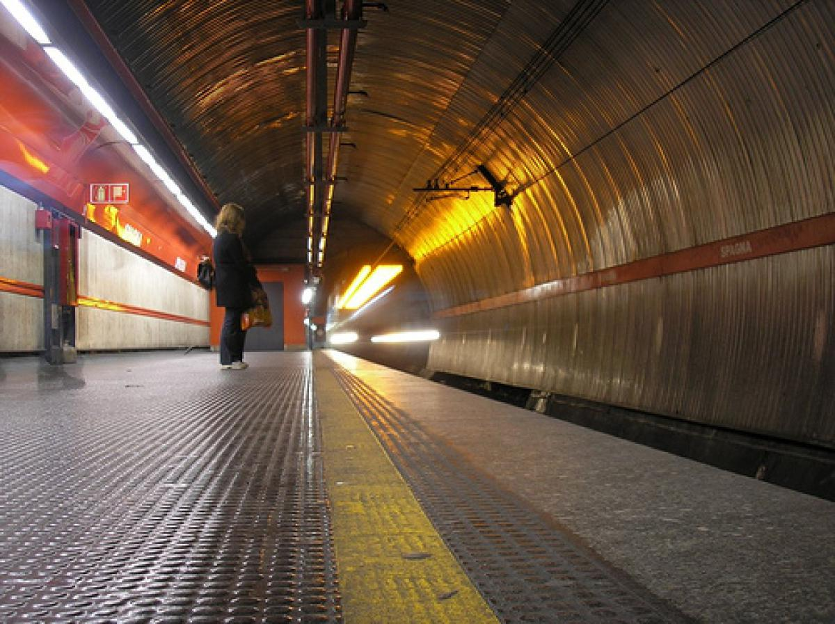 Trova parcheggio a Roma vicino alle stazioni della metropolitana