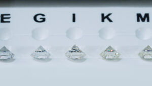 diamond color comparison on a scale