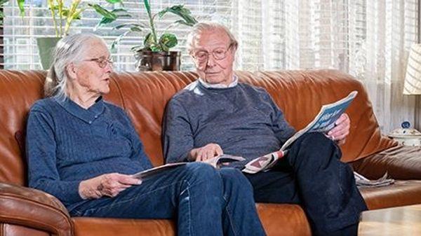 Om mijzelf als mantelzorger van mijn vrouw Martina (86) te ondersteunen, schakel ik zowel via de Wmo als particulier hulp in