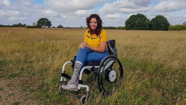 Christel heeft hypermobiliteit en gegeneraliseerde dystonie.