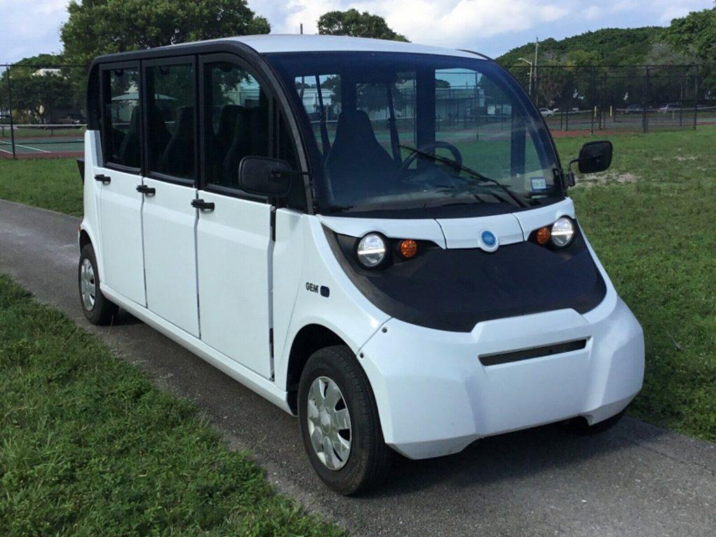 utility limousine 2017 Polaris Gem E6 golf cart