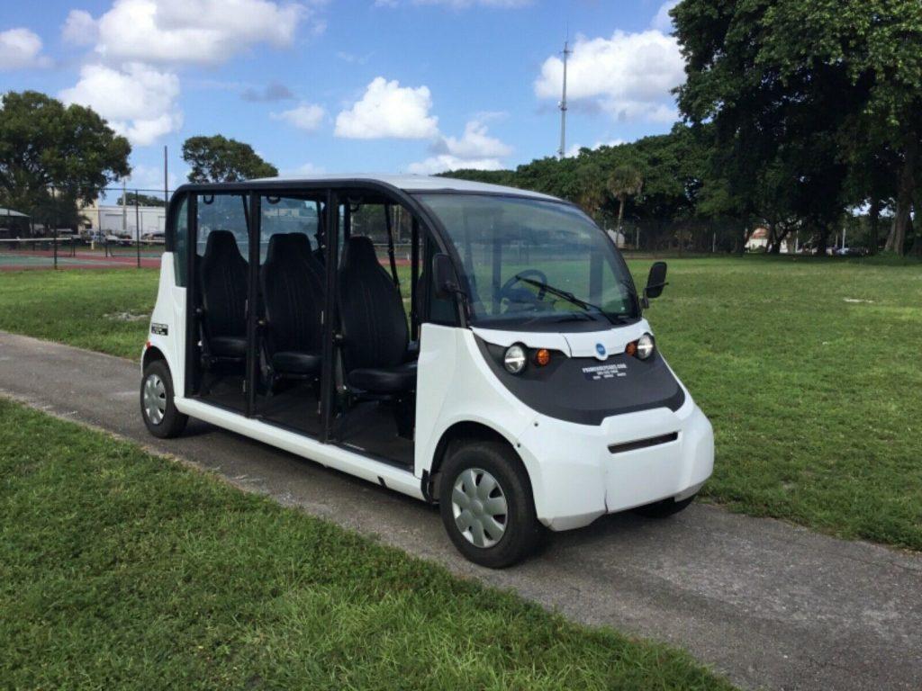 2017 Polaris Gem E6 Utility 6 Passenger golf cart [upgraded air blower]