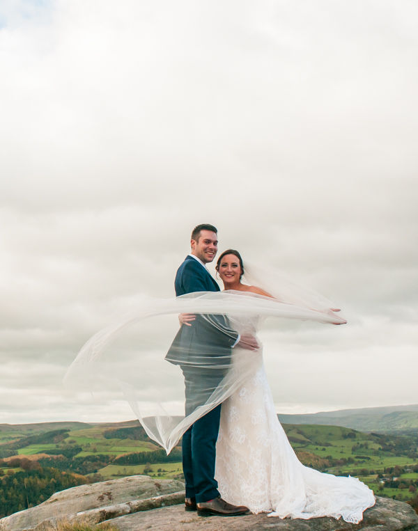 Bride veil throw on the rocks at Surprise View