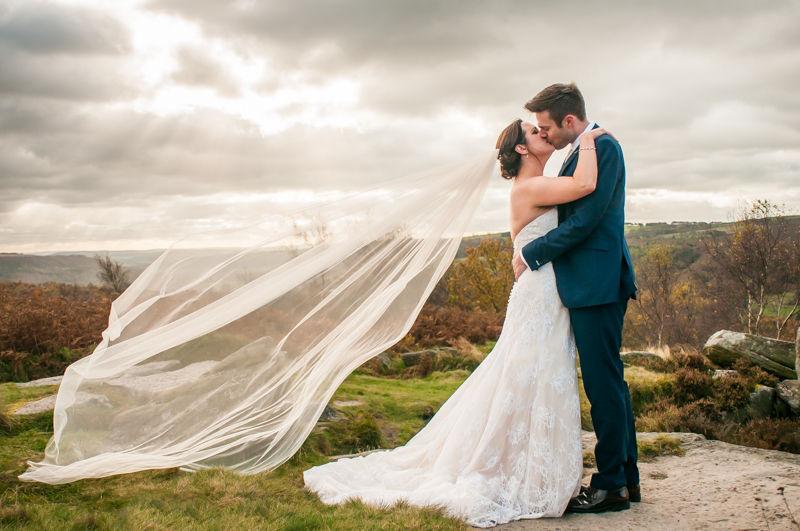 Autumn wedding kisses in the Peak District
