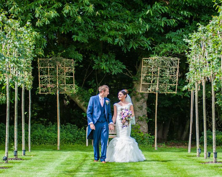 Hazel Gap Barn grounds in the summer during Joelle & Scott's wedding