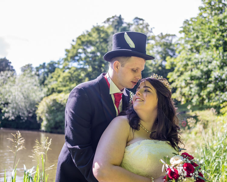 Kenwood Hall pond in grounds for wedding portraits with Helen & Tom