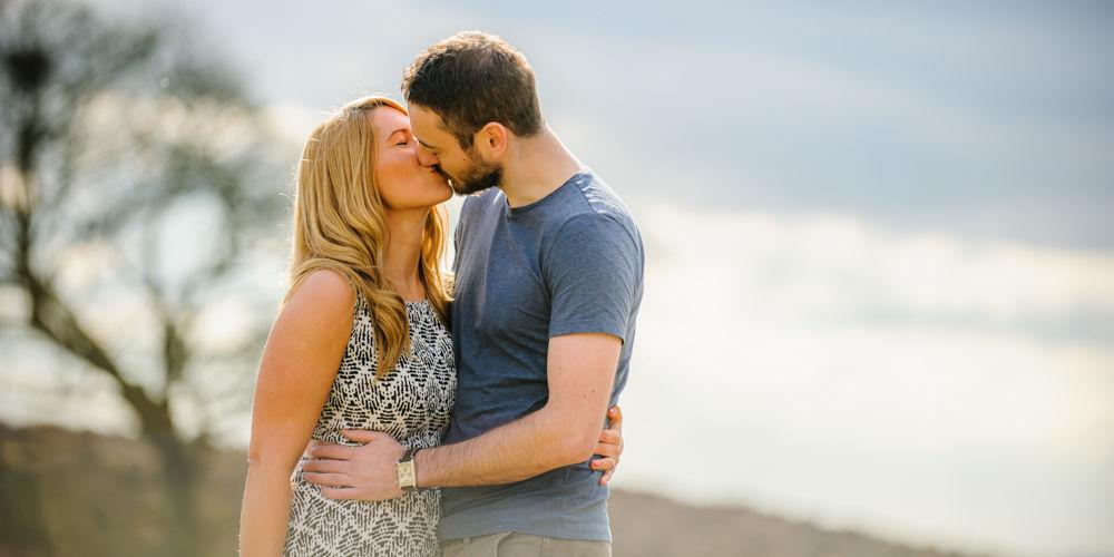 Kisses, pre-wedding photos, Curbar Edge
