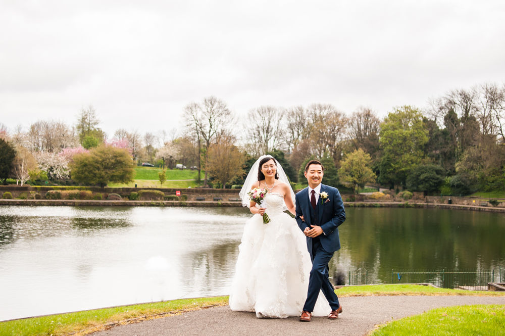 Crookes Valley park bride and groom walking, Sheffield wedding photographer, Chinese wedding