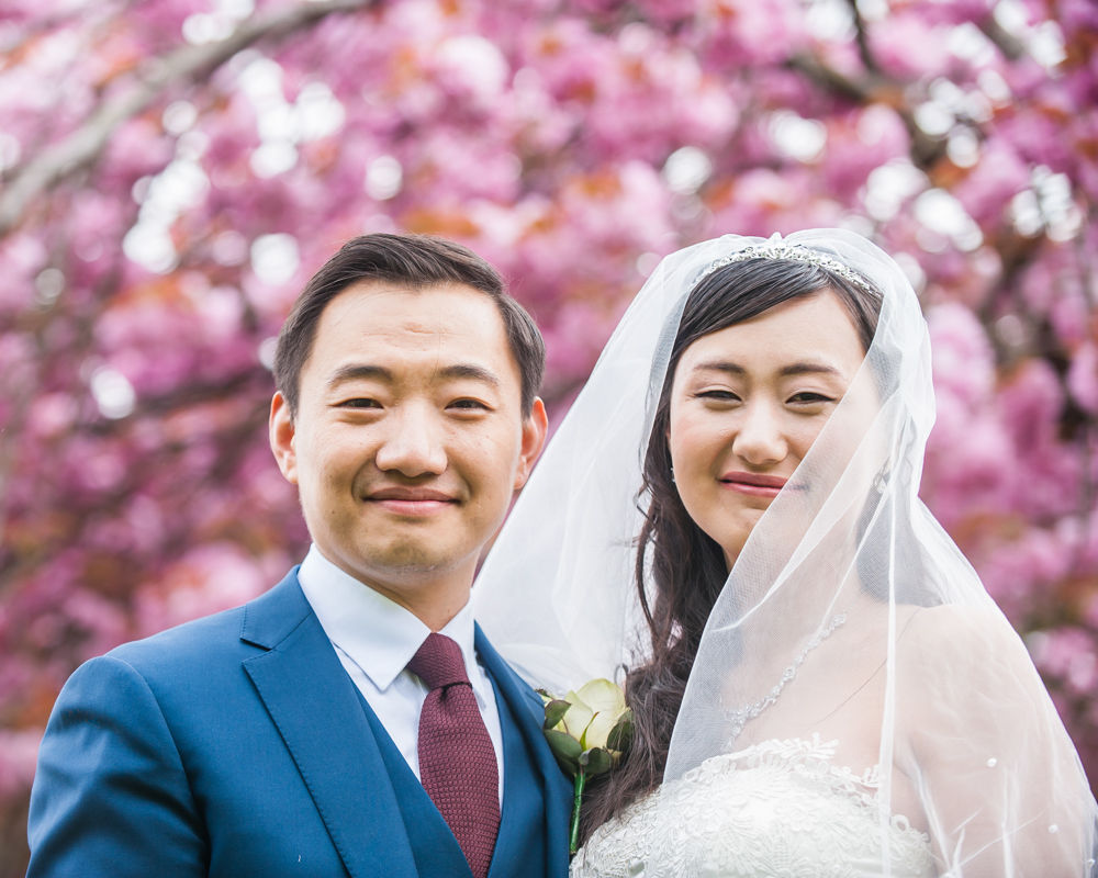 Bride and groom posing, Sheffield wedding photographer, Chinese wedding