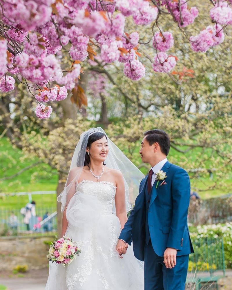 Walking through Crookes Valley Park, Sheffield wedding photographer, Chinese wedding