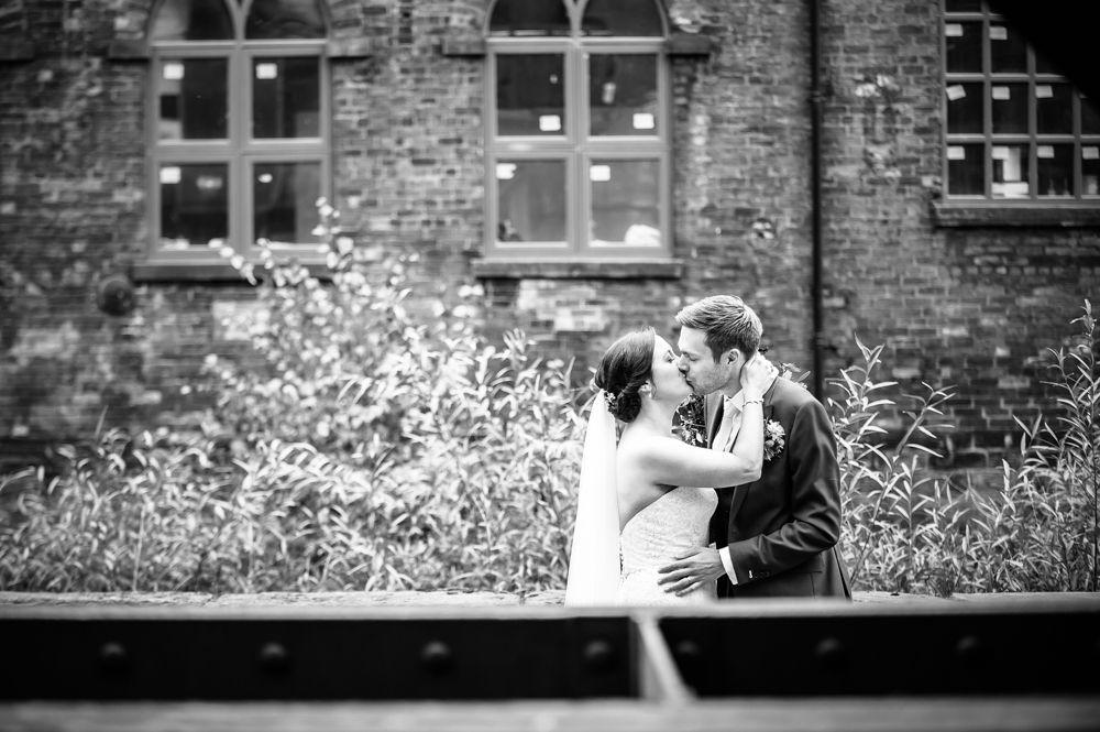 Kisses, Kelham Island wedding, Sheffield photographers