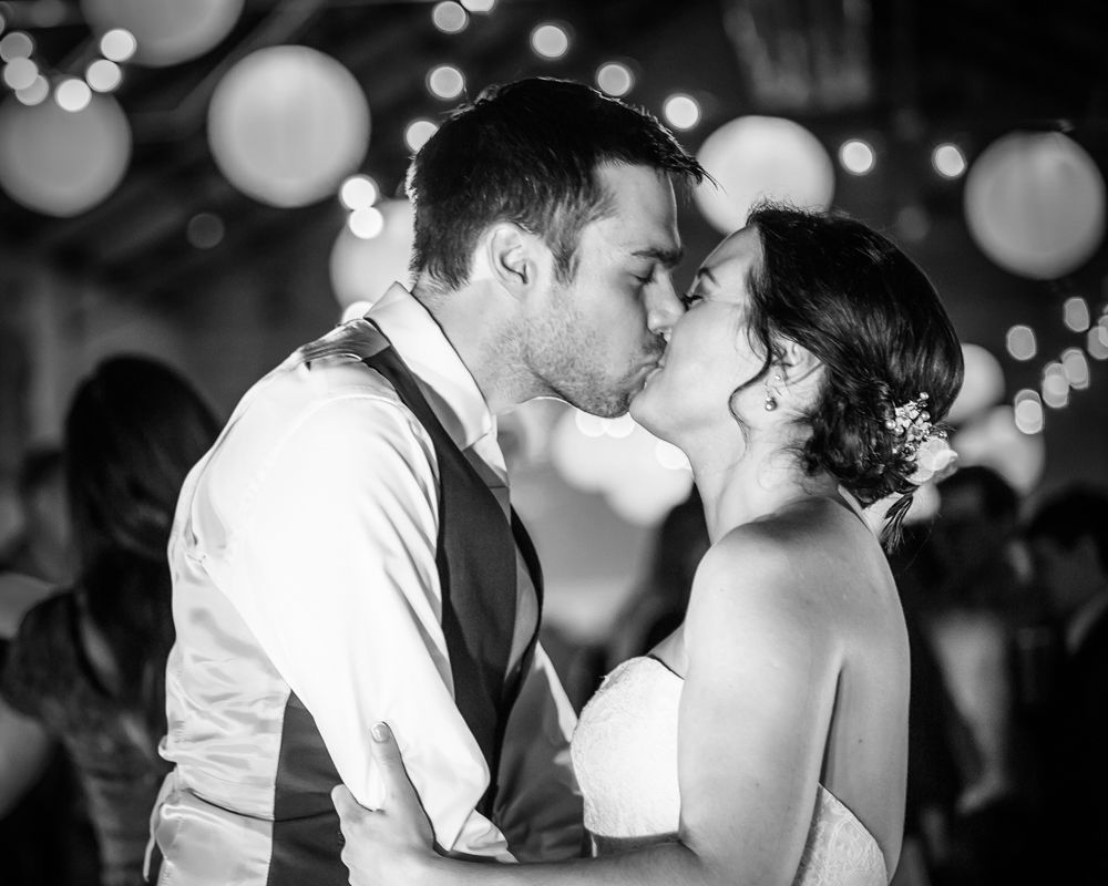 dancefloor kisses, Kelham Island wedding, Sheffield photographers
