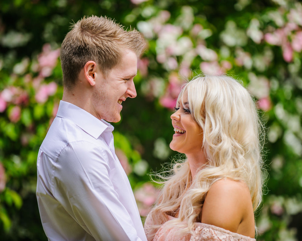 Bryony & Alex, pre-wedding photos, Sheffield Botanical Gardens