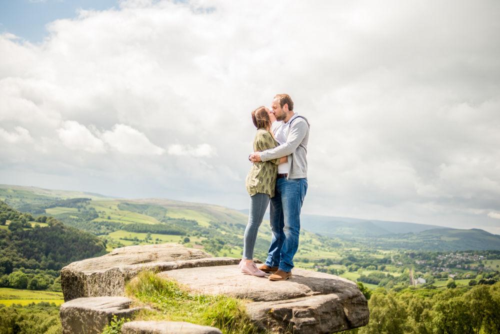 Surprise View rocks, pre-wedding portraits Sheffield