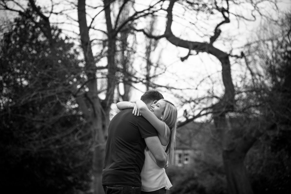 couple hugging, Botanical Gardens Sheffield wedding photographers