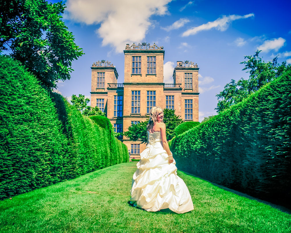 Hardwick Hall wedding photographs, bride in dress