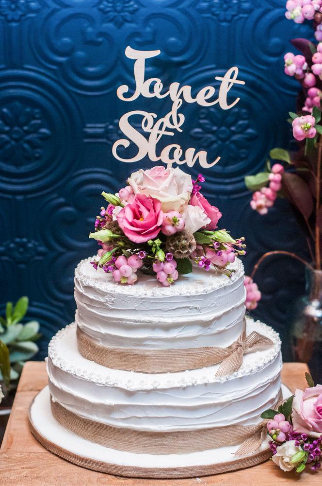 Wedding cake, Chimney House, Sheffield wedding photographers