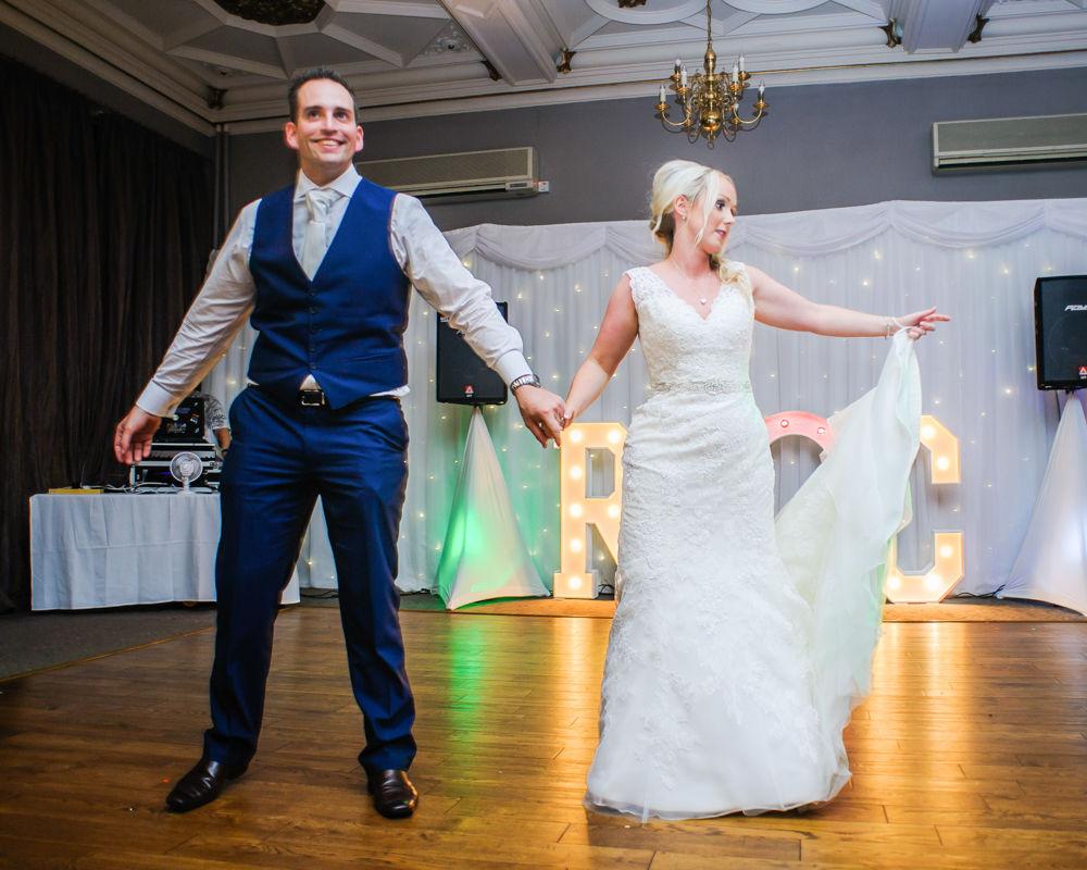 First dance wedding routine, Maynard wedding photography Sheffield