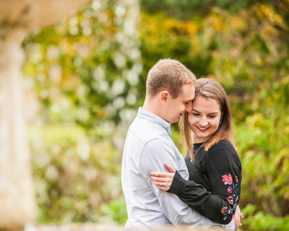 Cuddling by fountain, Sheffield Botanical Gardens photographers