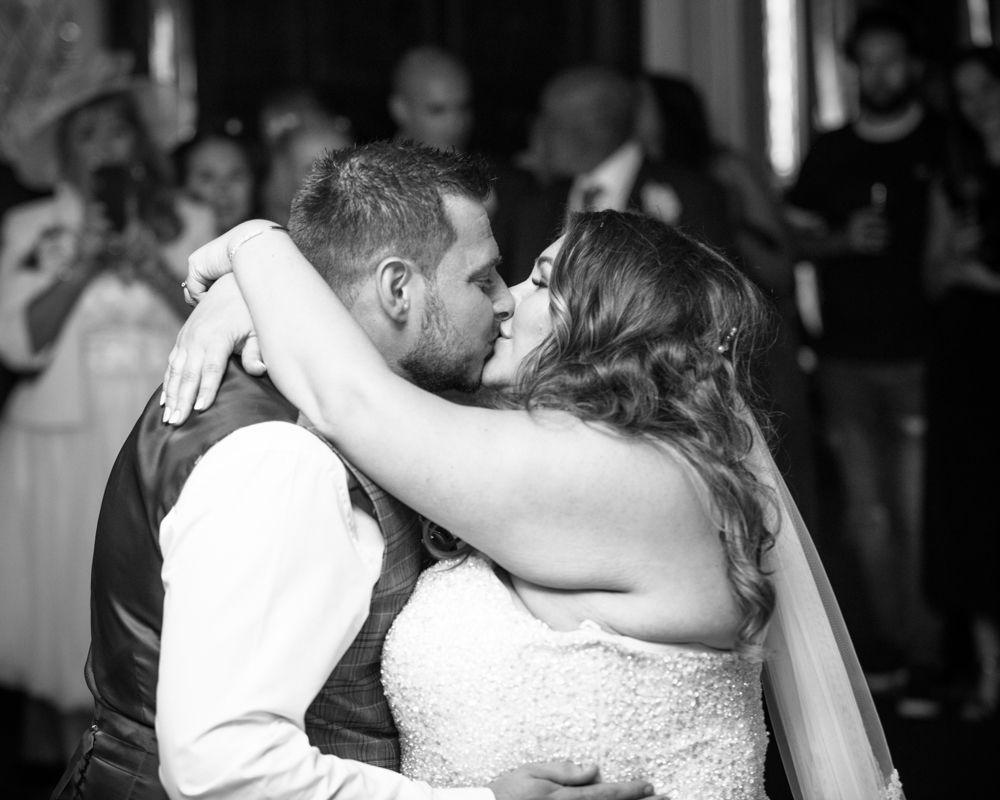 Kissing on dancefloor, Ye Olde Bell wedding, Retford