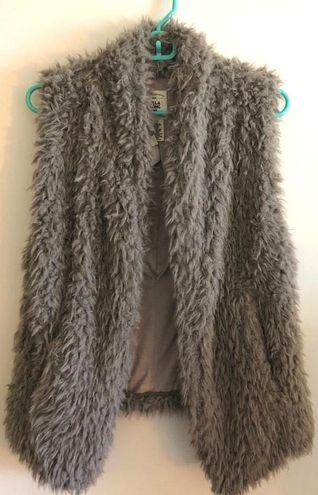Billabong NWT Fur Vest