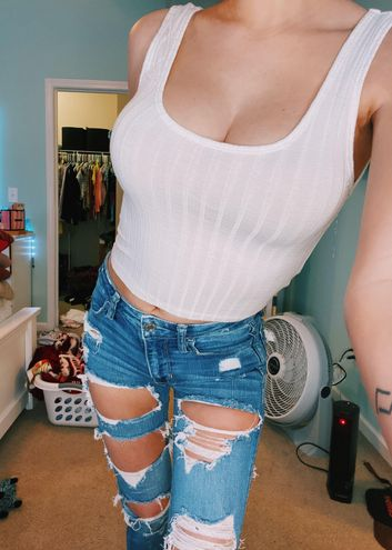 Forever 21 White Ribbed Crop Top