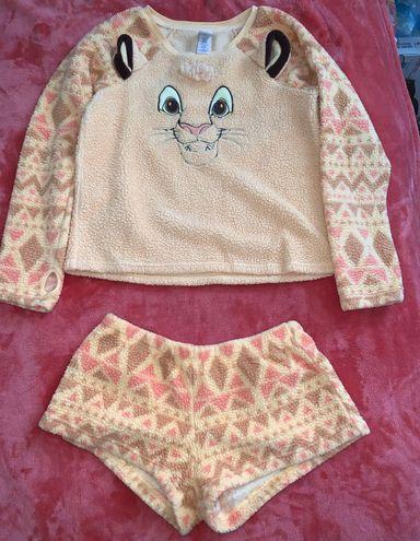 Disney Women's Lion King pajama set