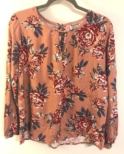 Charlotte Russe Floral Keyhole Long Sleeve Top