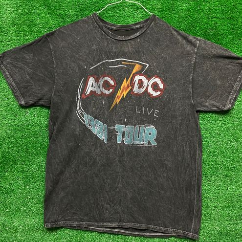 AC/DC 1981 Live On Tour Vintage Style Rick Tee Size Med
