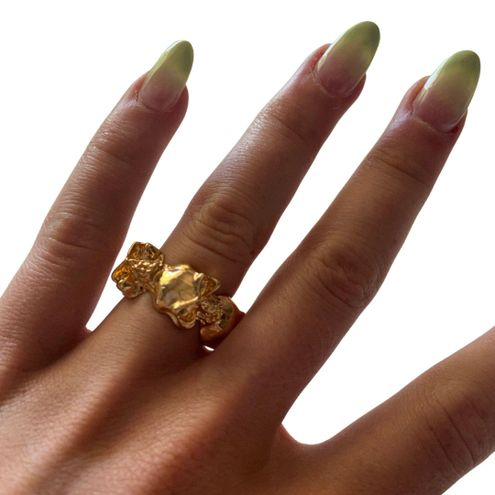 SheIn Gold Skull Ring