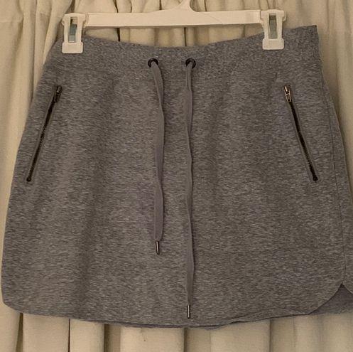 grey sweatskirt