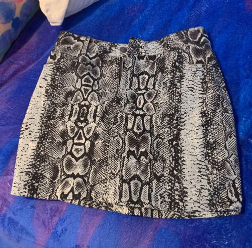 Princess Polly Snakeskin Skirt