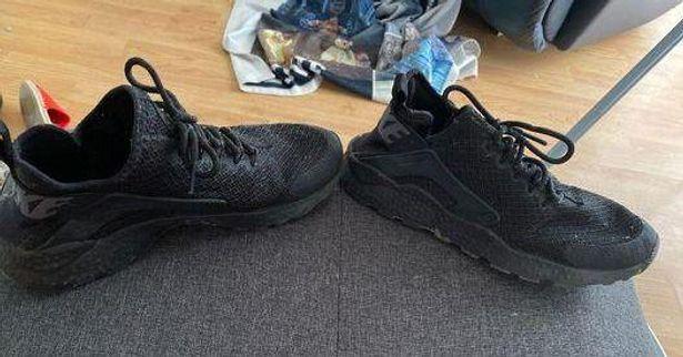 Nike Black Air Huaraches
