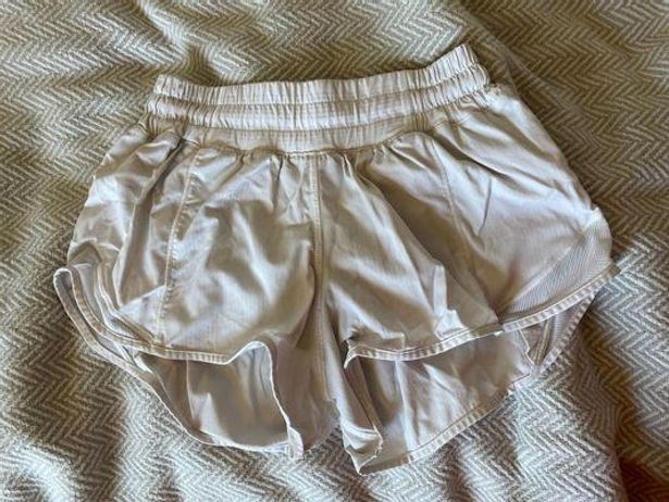 Lululemon Hottty Hot 2.5 Shorts