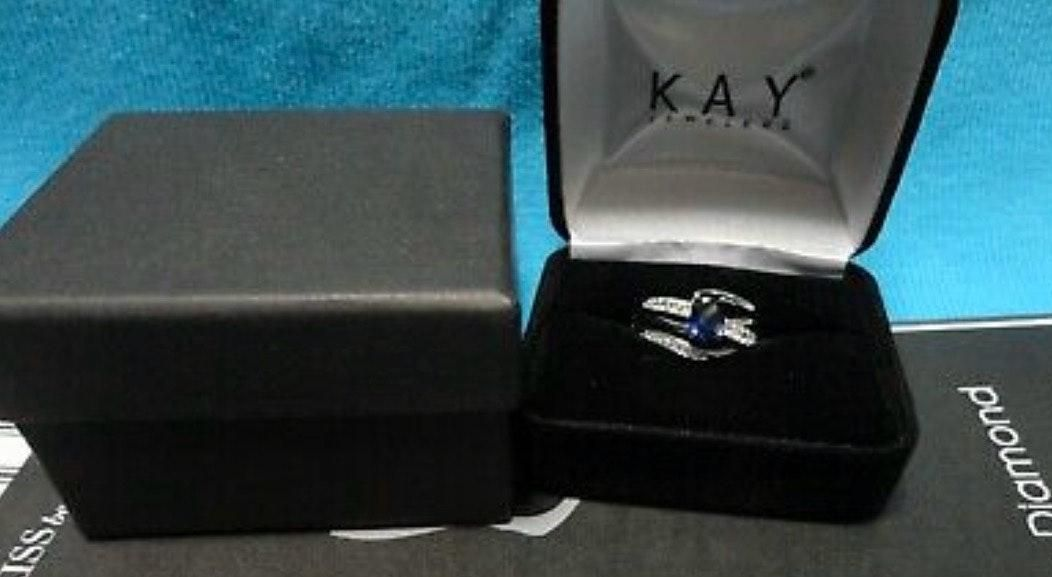 Kay Jewelers Blue And White Sapphire Sterling Silver Ring Size 5 Curtsy