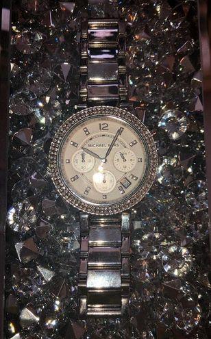 Mk Watch 5353