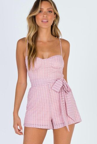 Princess Polly Ashanti Belted Playsuit (BRAND NEW‼️)