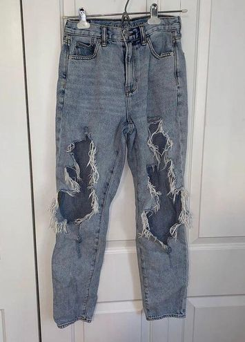 """American Eagle Outfitters """"Mom"""" Jeans"""