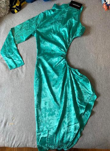 Pretty Little Thing Unique Dress
