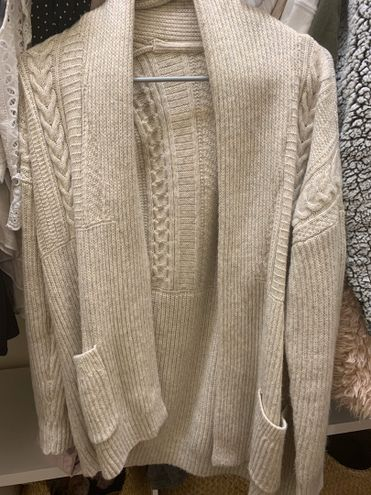 Abercrombie & Fitch Knit Cardigan