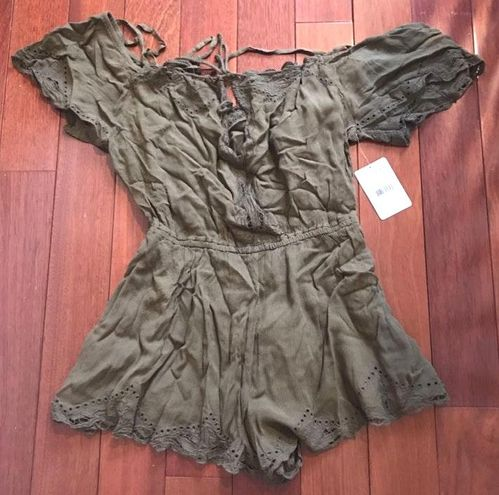 Free People cut out top romper S NEW