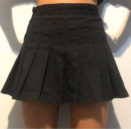 Brandy Melville Pleated Skirt
