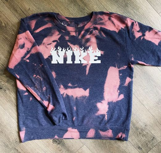 Nike Spellout Bleached Crewneck