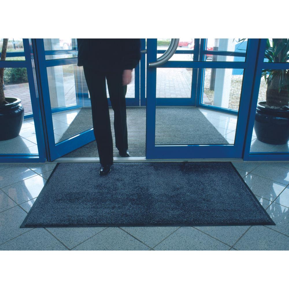 VFM Black /Blue Economy Washable Entrance Mat 1150x1750mm 312428