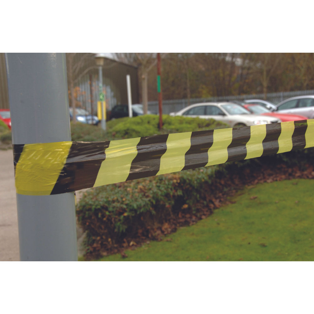 VFM Striped Tape Barrier 500m Black/Yellow (Non-adhesive, suitable for indoor or outdoor use) 304927
