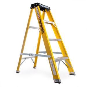 Youngman 527444 Catwalk S400 Fibreglass Swingback Steps 1.1m 4 Tread